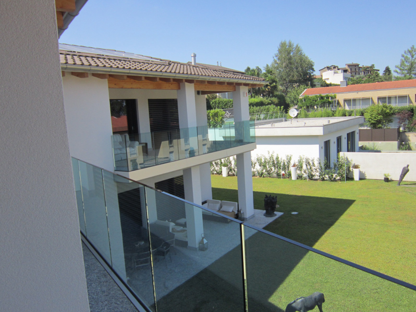 Montagnola grande lussuosa villa moderna living - Villa moderna con piscina ...