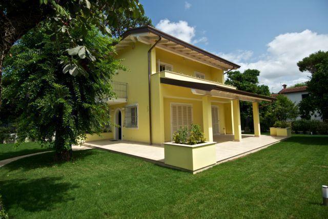 FORTE DEI MARMI – VERSILIA – Bellissima villa tipica Fortemarmina