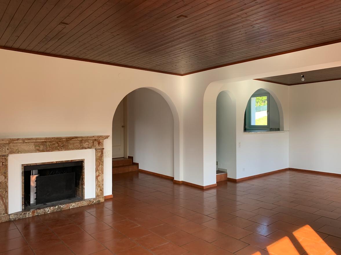 LUGANO – VAGLIO – Casa bifamiliare con bel giardino