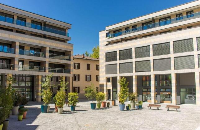LUGANO – MASSAGNO – Affittiamo ampio e luminoso appartamento 3.5 locali