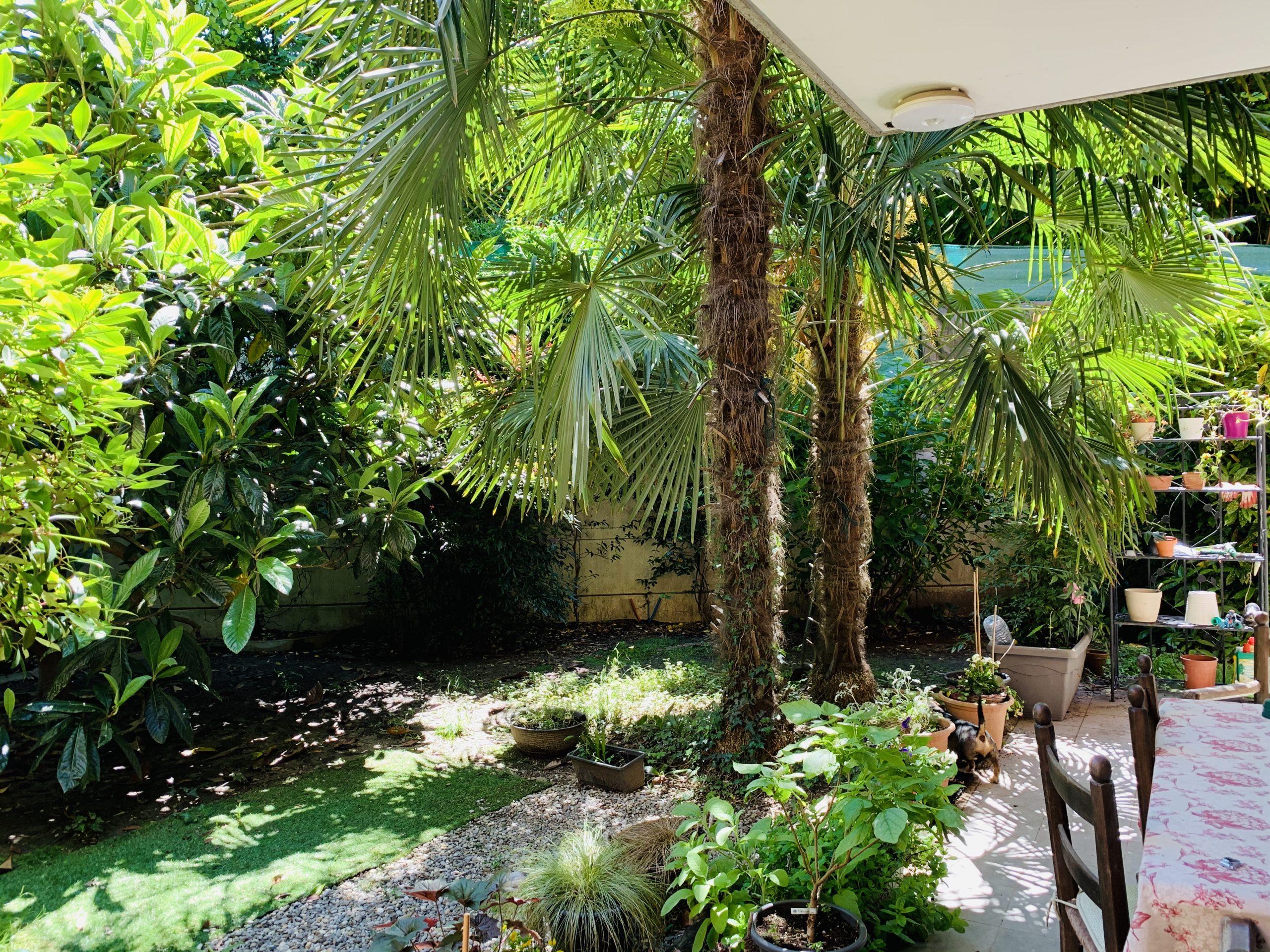 LUGANO – SORENGO – Ampio e moderno appartamento 4.5 locali, immerso nel verde